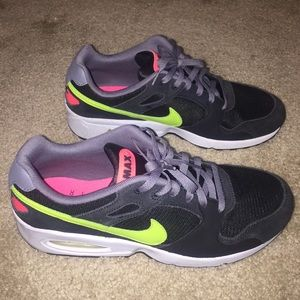 Nike Air Max Men's Coliseum Racer Shoes Size 11